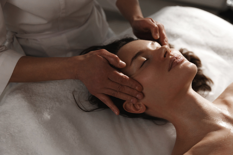 Heals Migraines and Headaches